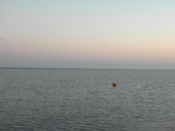 Abend überm Watt bei Ebbe.